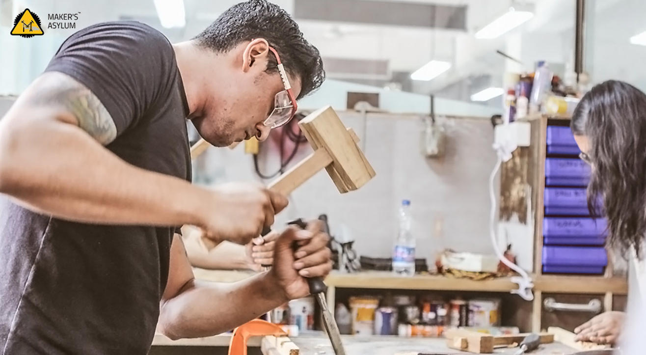 book tickets to wood working workshop for beginners