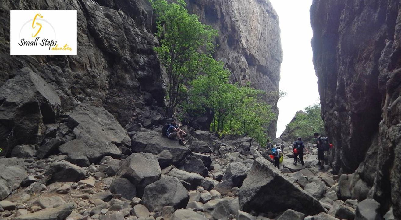 Trek to Valley of Shadow, Sandhan Valley