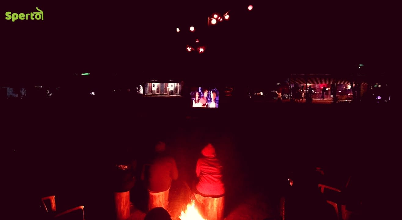 Camping near the lake & Movie night under the stars | Sperto