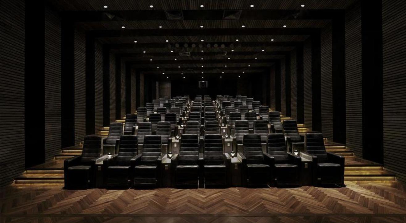 Cinema Royale - Luxury Cinema