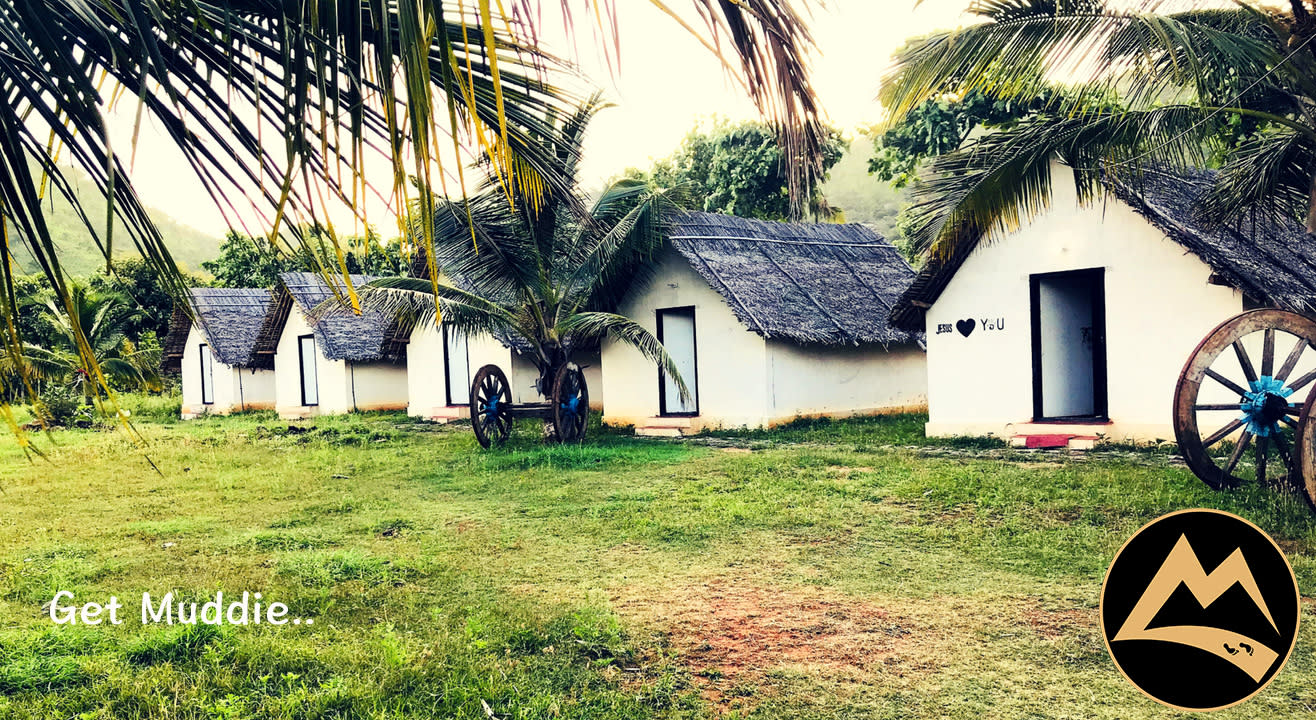 Camp, Hike, Cauvery Dip, Open Air Movie & Musical Night | Muddie Trails