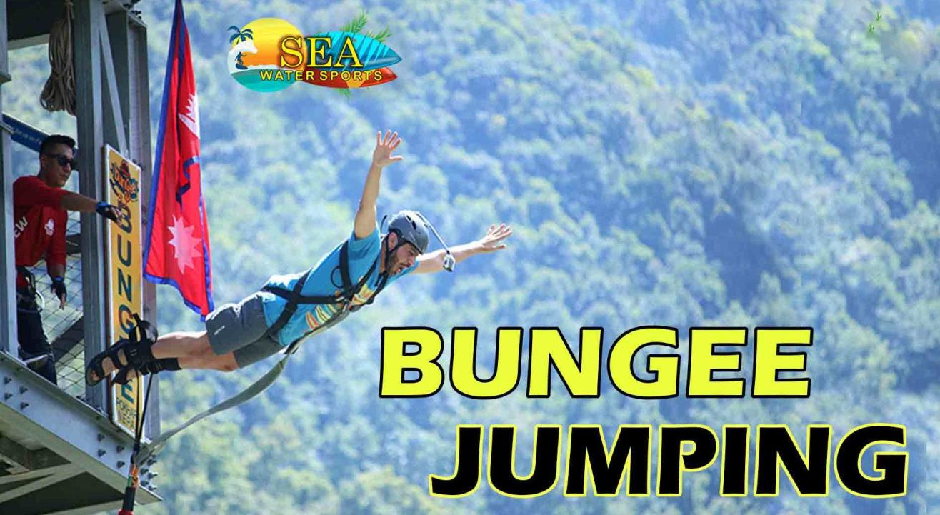 Bungee Jumping in Goa by sea water sports