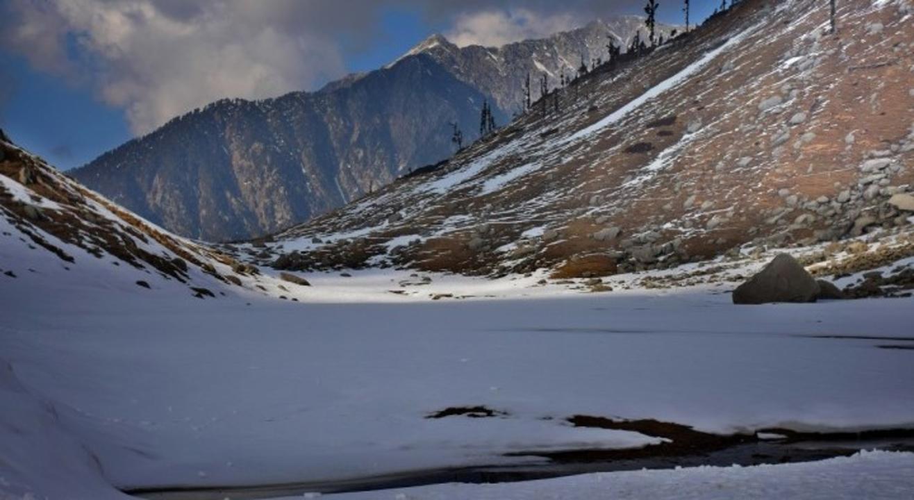 Trek to Kareri Lake | Justwravel