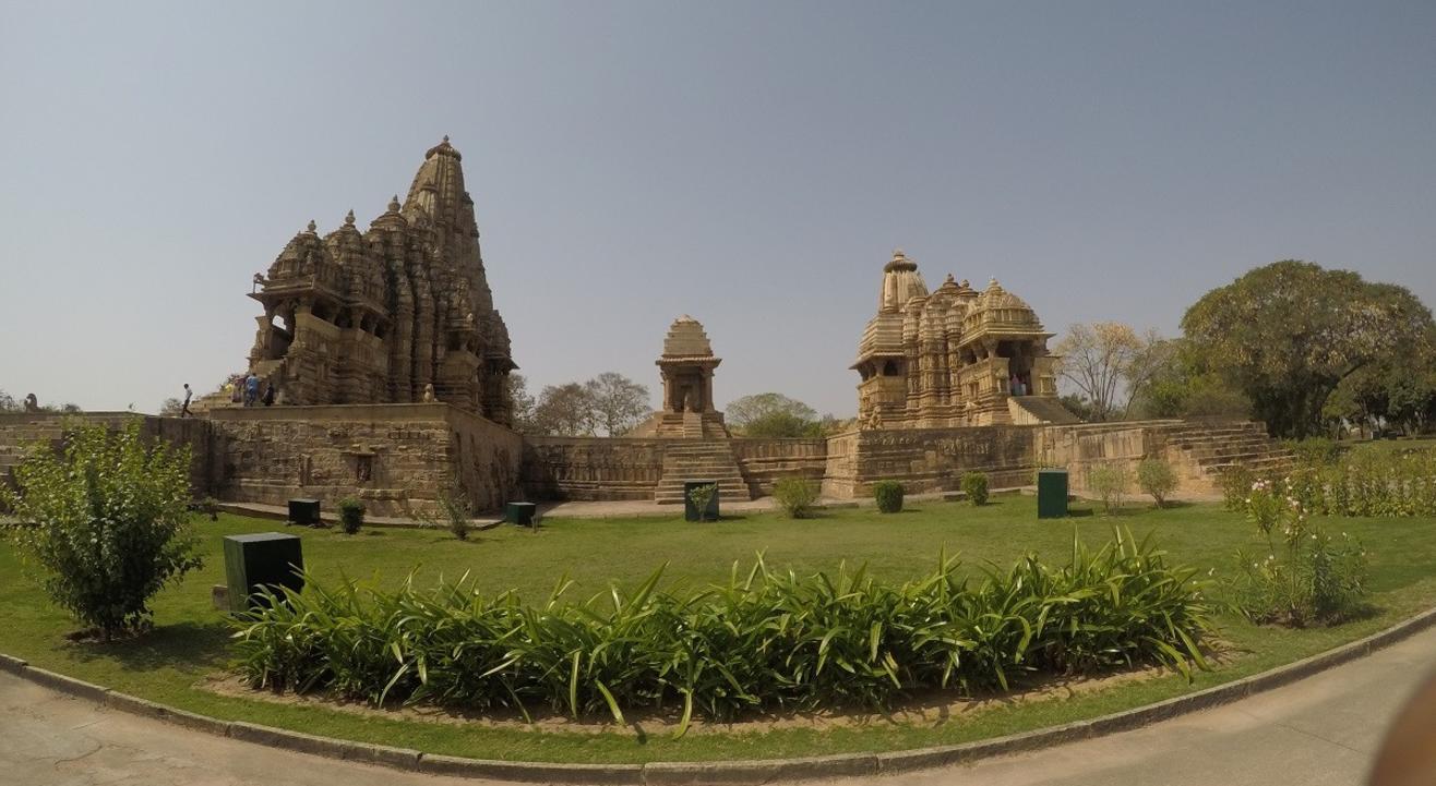 Madhya Pradesh Backpacking Trip to Orchha Panna Khajuraho | Justwravel