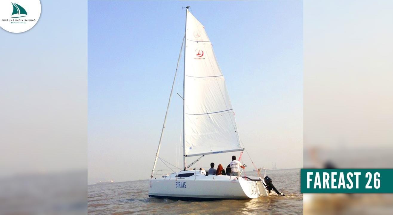 Yacht Sailing on FAREAST 26