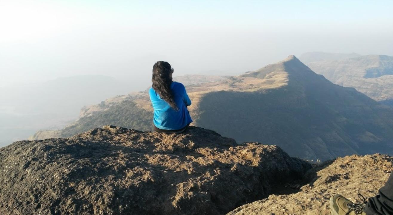 Night Trek to Kalsubai Peak with Mumbai Mountain Hikers
