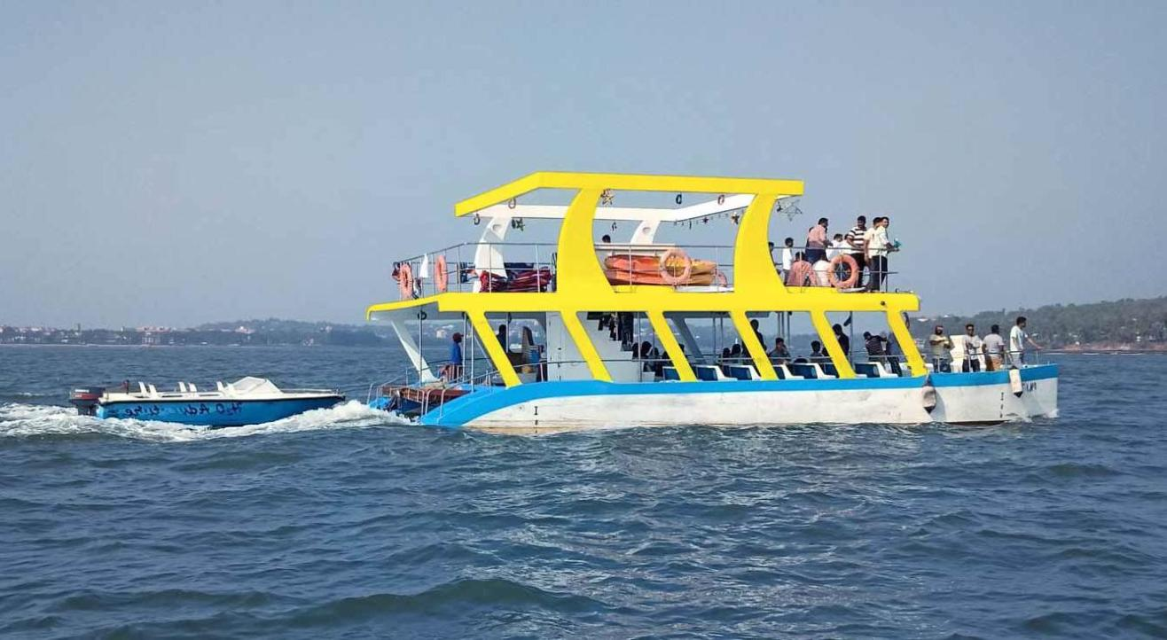 Adventure Boat Trip in Goa