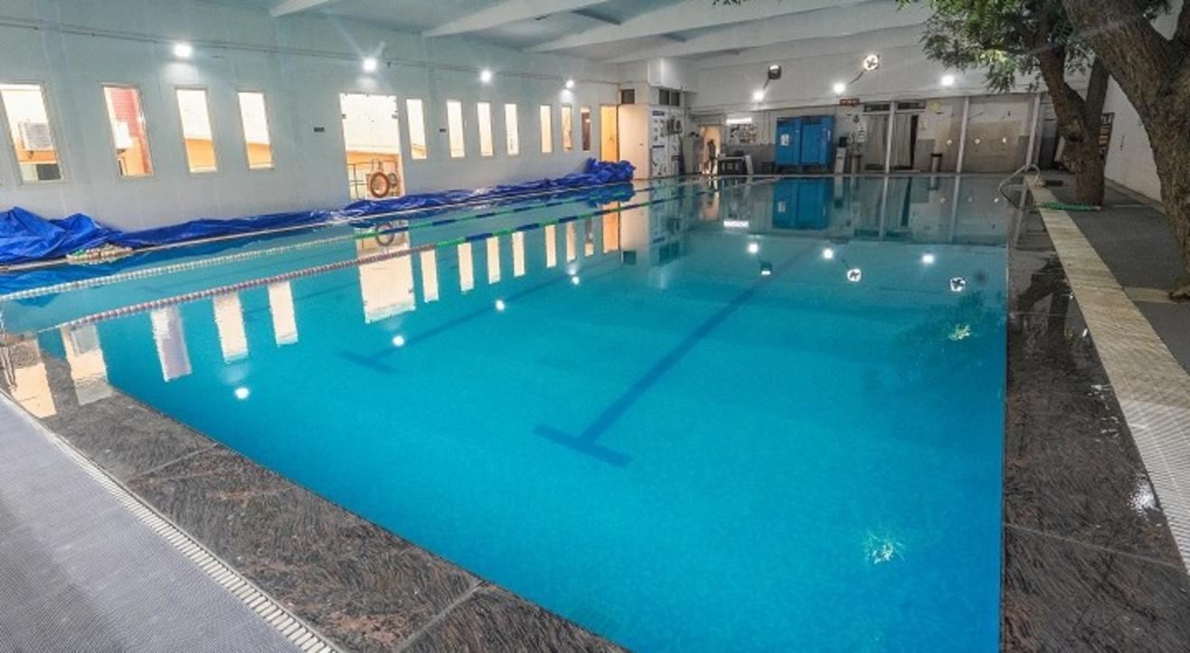 Fitso SEALs Swimming Classes Excelsior American
