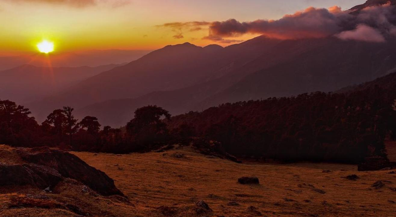 Uttarakhand Backpacking to Rishikesh Auli Kanatal