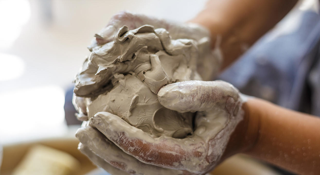 One Day Pottery Workshop (Weekdays)