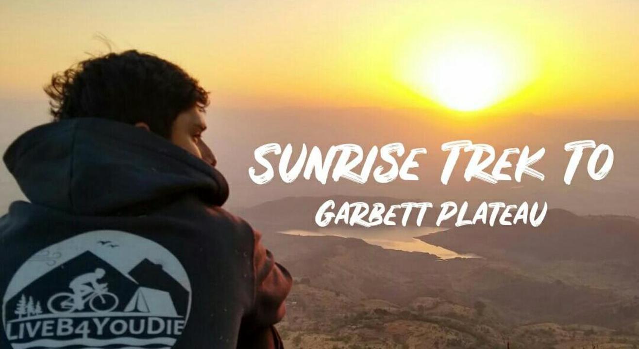 Night Trek to Garbett Plateau.