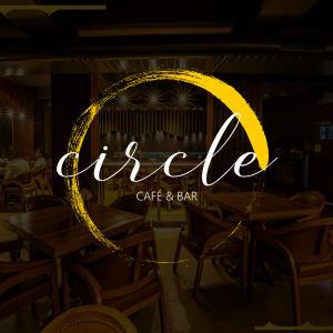 Circle Cafe & Bar