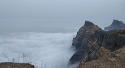 Bhandardara Overnight Stay and Trek to Harischandragad