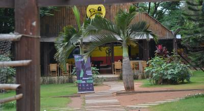 Day Hangout At Rasta Cafe | Escape2Explore