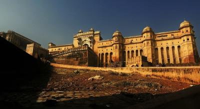 Rajasthan Backpacking to Udaipur-Jaisalmer-Jaipur | Justwravel