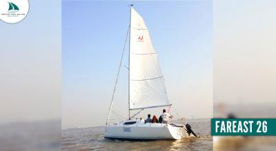 Yacht Sailing on FAREAST 26