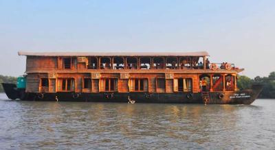 Dinner Boat Cruise in Goa