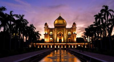 Night Walk in Safdarjung Tomb