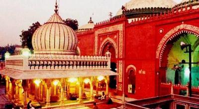 In Search of Auliya: Nizamuddin Dargah Walk