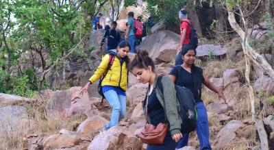 Makalidurga Sunrise Trek | Escape2explore