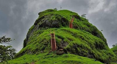 Sondai Fort Trek (Trek India)