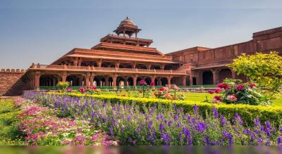 Fatehpur Sikri Entry Ticket with Local Guide