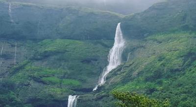 Harishchanragad & Kokankada Trek   Mumbai Mountain Hikers