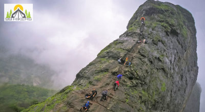Heavenly Harihar Fort Trek