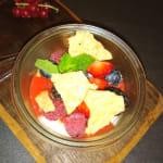 Joghurtmousse/ Waldbeeren