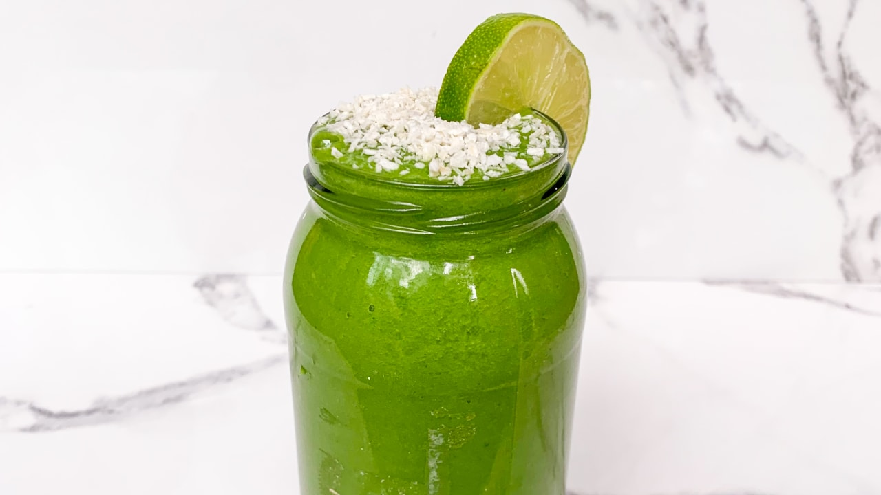Spinach, Mango & Pineapple Smoothie