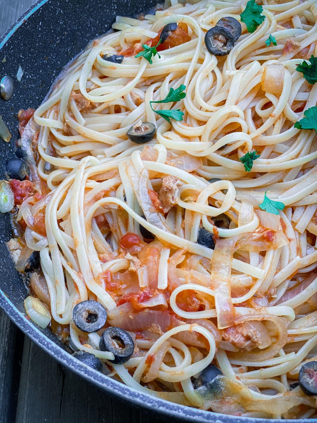 Tuna and Olive Linguine