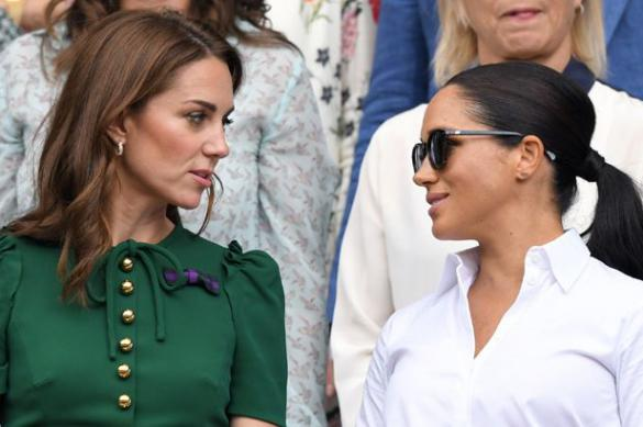 Меган Маркл шокирована новым поступком Кейт Миддлтон и дворца