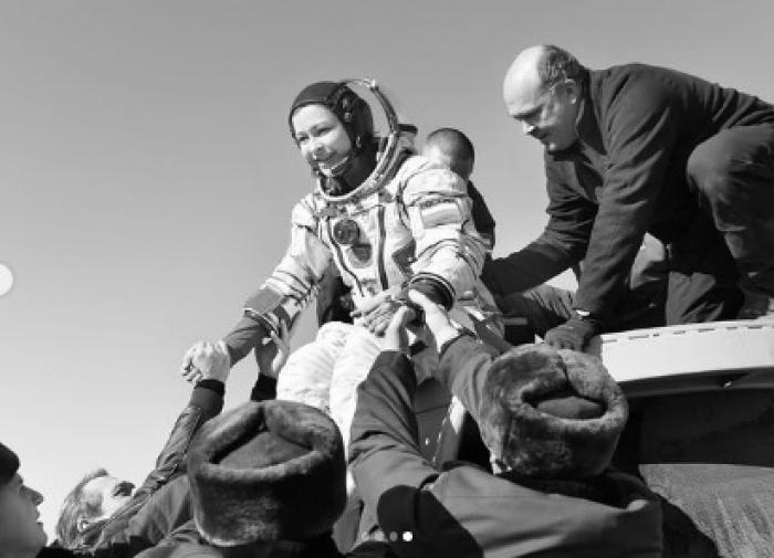 Юлия Пересильд изменила дату своего рождения после прилёта из космоса
