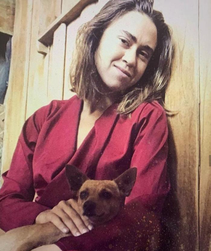 Дочь Любови Успенской Татьяна Плаксина показала волосатые подмышки и татуировки