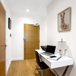 Apartment 147 - 2 Bed Work Space