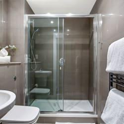 Apartment 147 - 2 Bed WashRoom