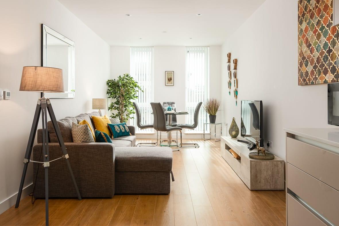 Common Sitting Area Apartment 069