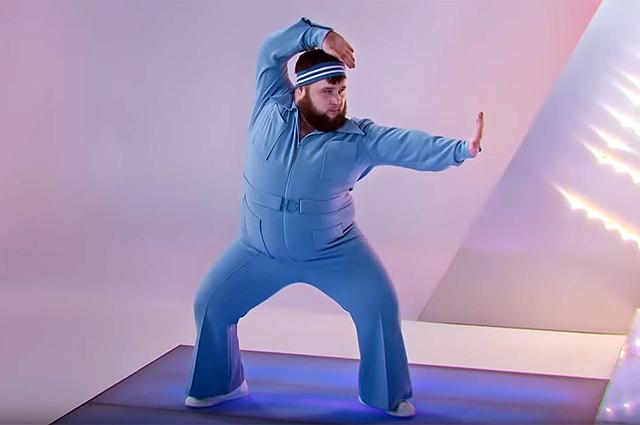 Кто такой Дмитрий Красилов, который танцует в клипе Little big «Uno»?