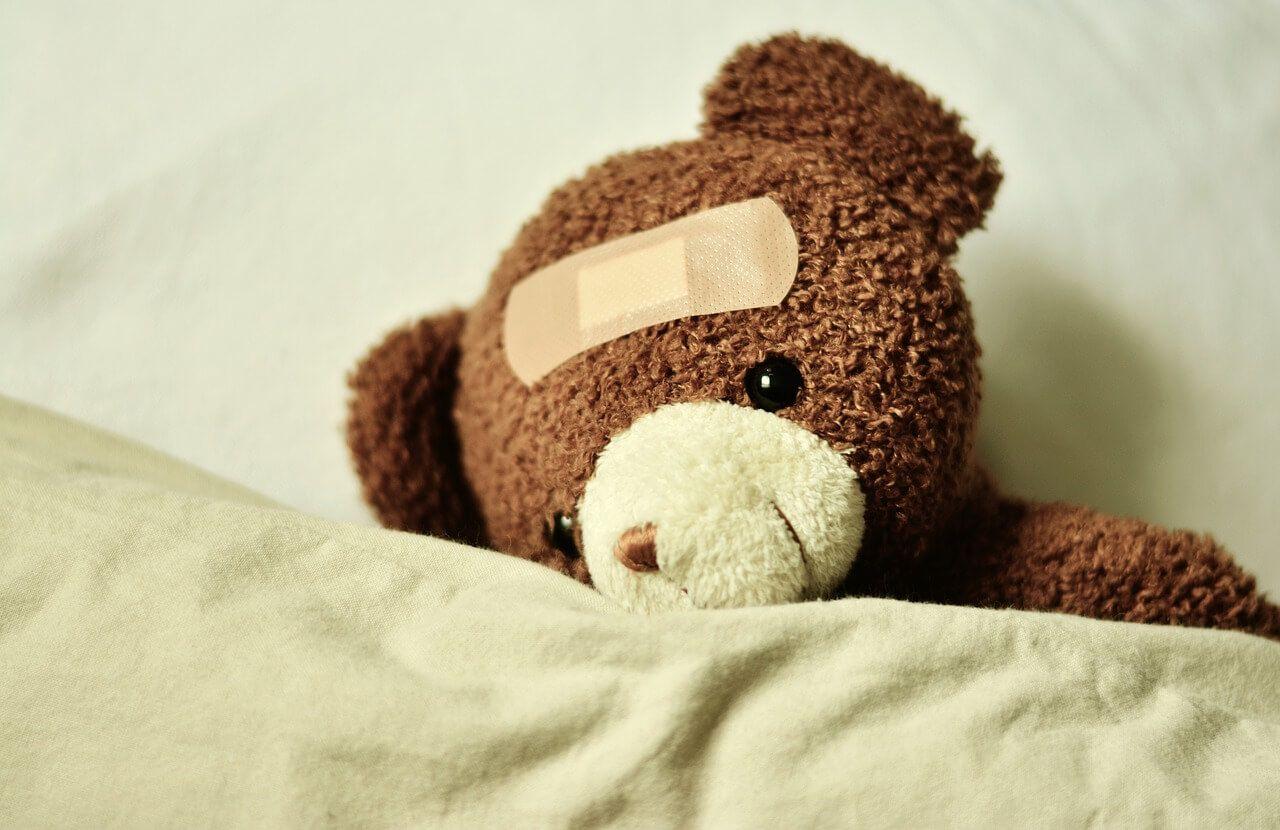 Teddybjørn - med plaster