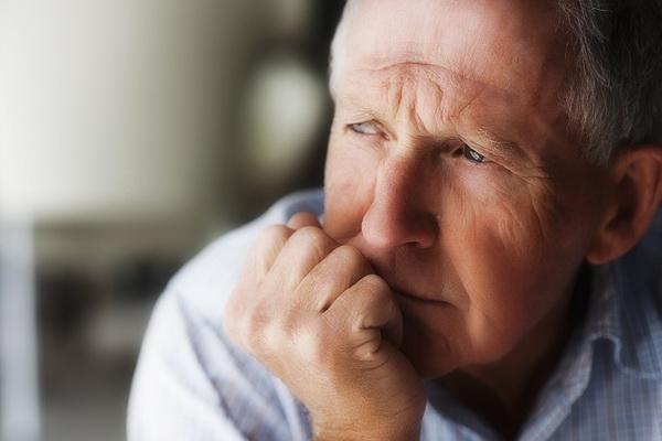 Ізраїльський лікар розповів, чого найбільше варто побоюватися літнім людям під час карантину