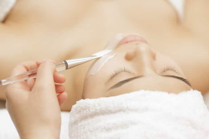 can facials minimise large pores singapore