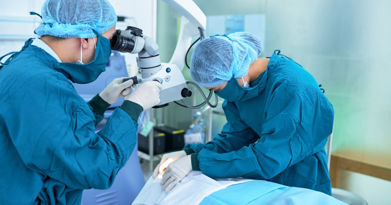 micro-incision-phacoemulsification-surgery-cataract
