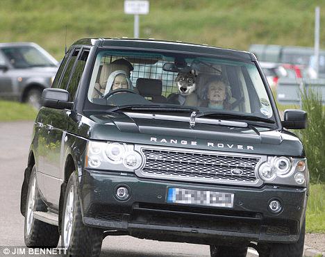 Queen Range Rover