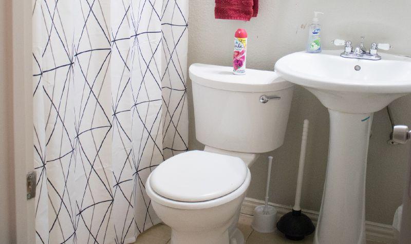 love field - bashroom Area