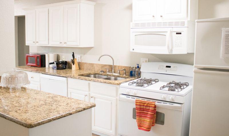 love filed kitchen
