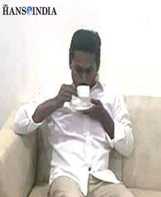 YS Jagan vows to bring back Rajanna Rajyam