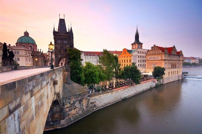 Требования к фото на визу в Чехию