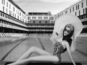 La parisienne à la piscine Molitor de Michel Tréhet