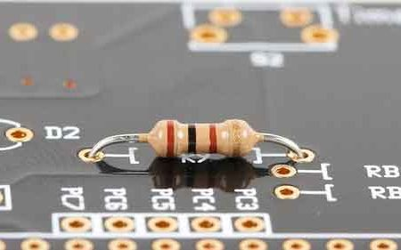 Hukum Ohm dan Rangkaian Resistor