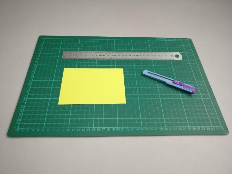 Alle materialen voor het maken van de instructies. Snijmat, lineaal & stanleymes.